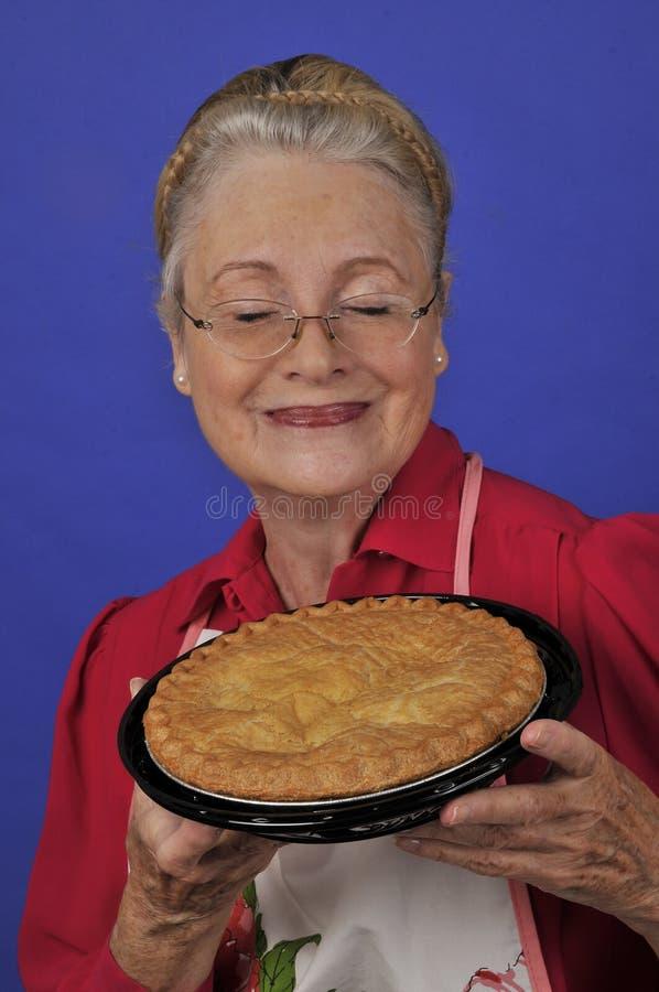 Grand-mère mûre aînée photographie stock libre de droits