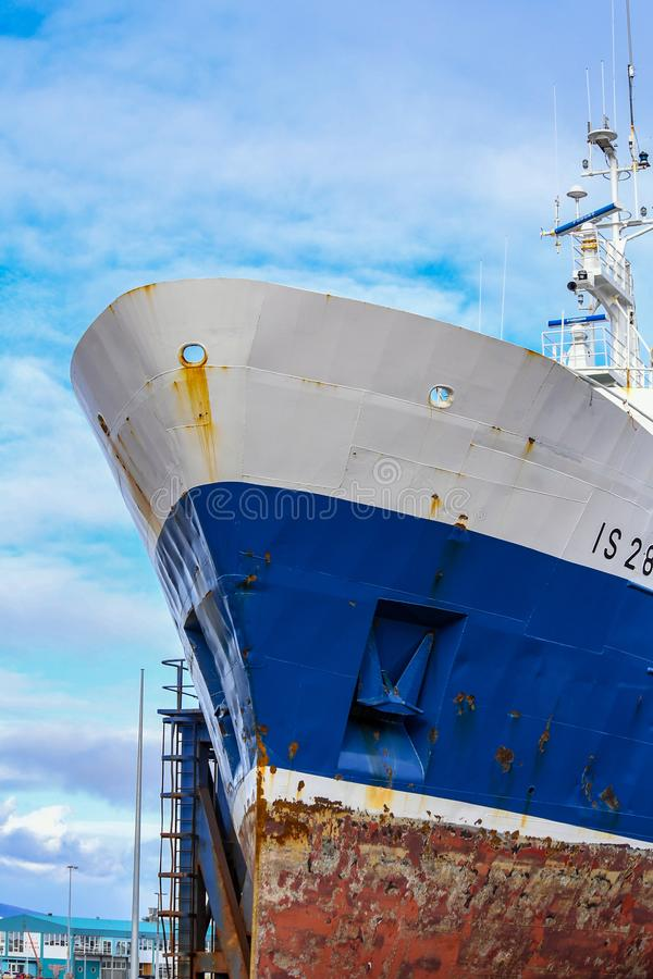 Grand navire amarré à Reykjavik Islande photographie stock