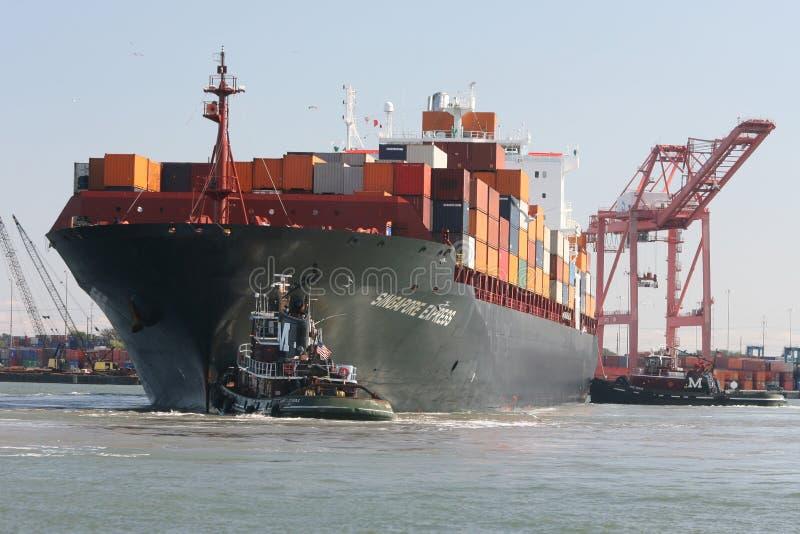 Grand navire porte-conteneurs photo libre de droits