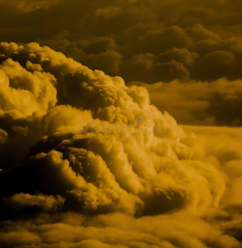 Grand nuage rouge de ciel photos libres de droits
