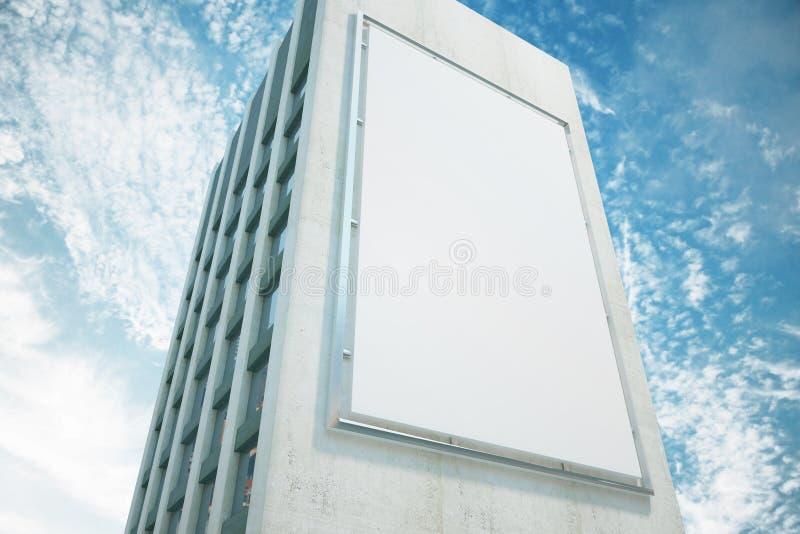 Grand panneau d'affichage sur un mur de bâtiment photo stock
