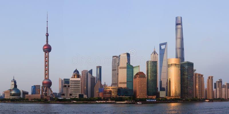 Grand panorama de centre commercial de Changhaï de Bund images stock