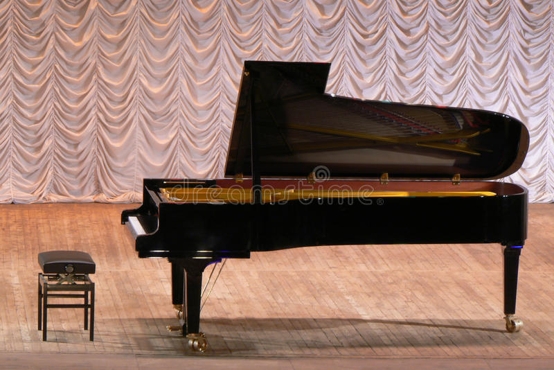 Download Grand Piano Stock Photography - Image: 28804442