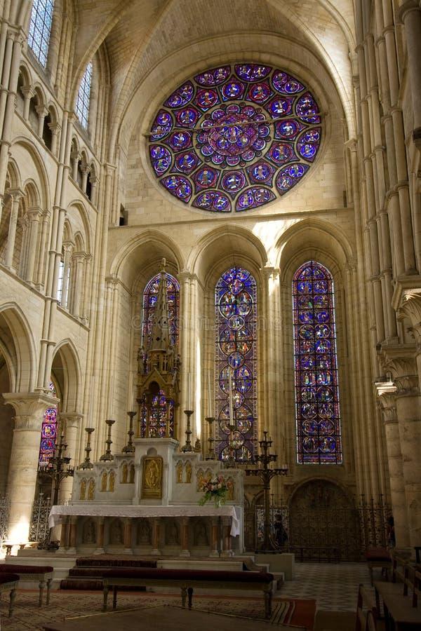 Grand rosewindow de cathédrale images stock
