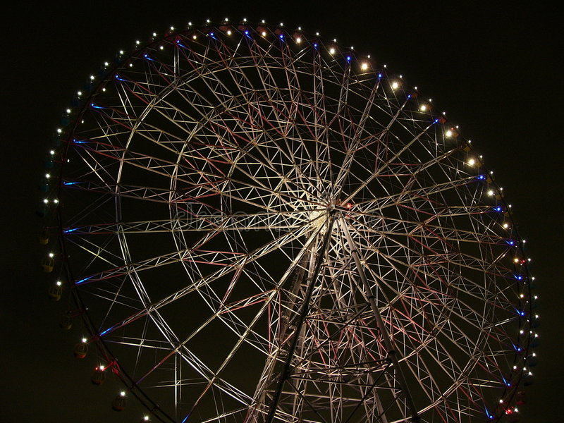 Grand-roue de nuit photos stock