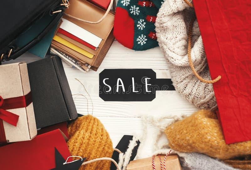 Grand signe des textes de vente de Black Friday Offe de Noël de remise spéciale images stock
