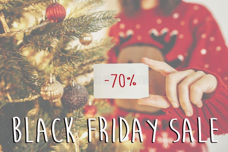Grand texte noir de vente de vendredi offre de remise de vacances de 70 pour cent W images stock