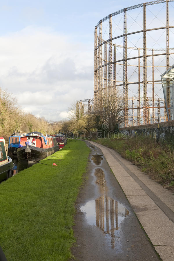 Grand Union Canal Towpath. The old towpath for the horses that pulled the narrow boats along the canals has now turned into a public walkway along the canal royalty free stock image