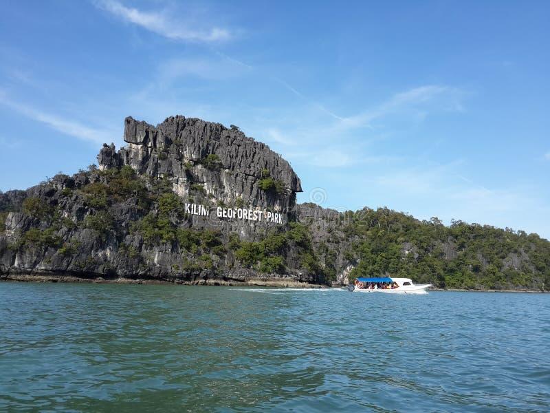 Grande île de roche de tortue à Langkawi, Malaisie image libre de droits