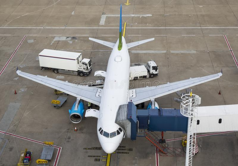 Grande aeroplano commerciale immagini stock libere da diritti