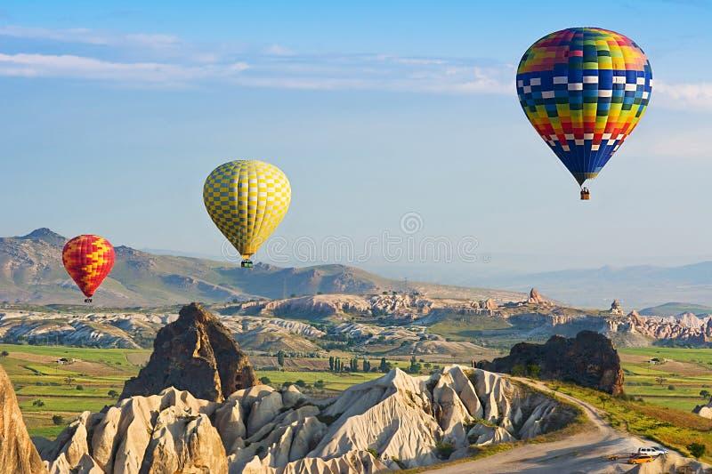A grande atração turística é o voo do balão de Cappadocia Cappadocia, Turquia fotos de stock royalty free