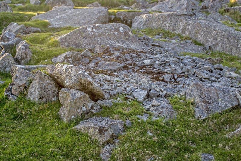 Grande BANCO del LAVORATORE della PIETRA del tor della graffetta di Dartmoor immagini stock libere da diritti
