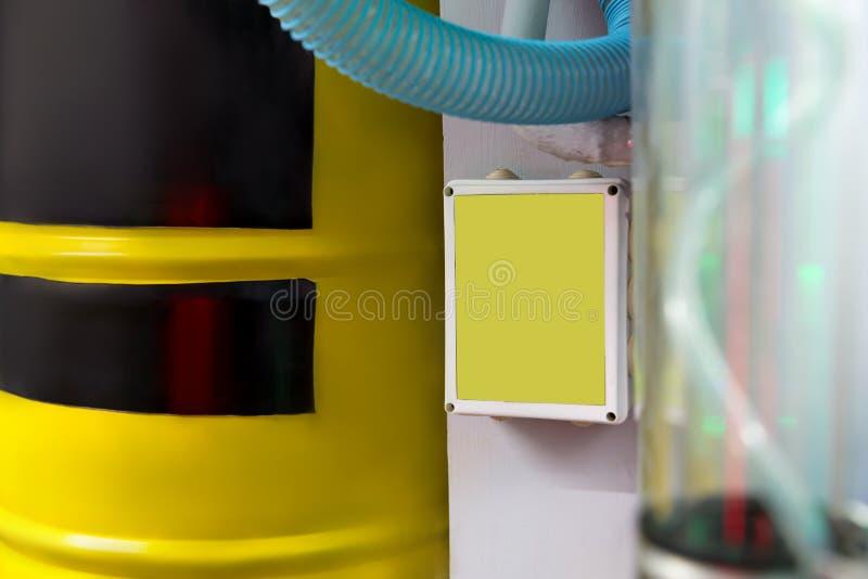 Grande barilotto giallo fotografia stock