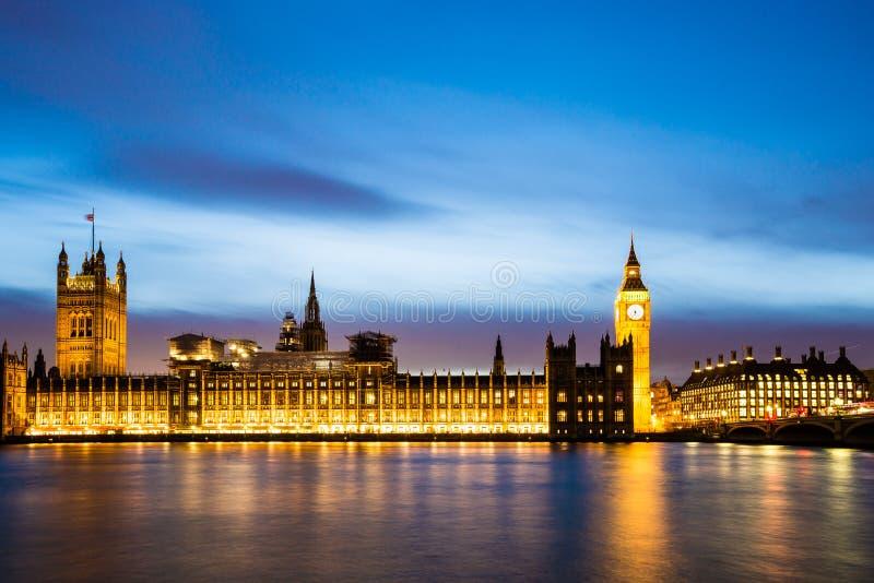 Grande ben e camere del parlamento immagine stock for Camere parlamento