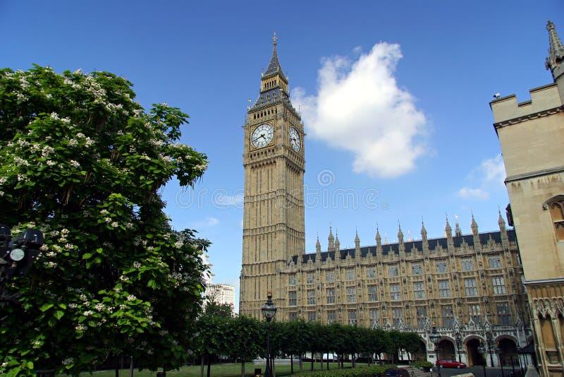 Download Grande Ben - Londra, Inghilterra Fotografia Stock - Immagine di regno, famoso: 214774