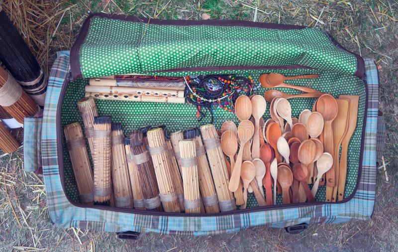 Grande borsa con i cucchiai immagine stock libera da diritti