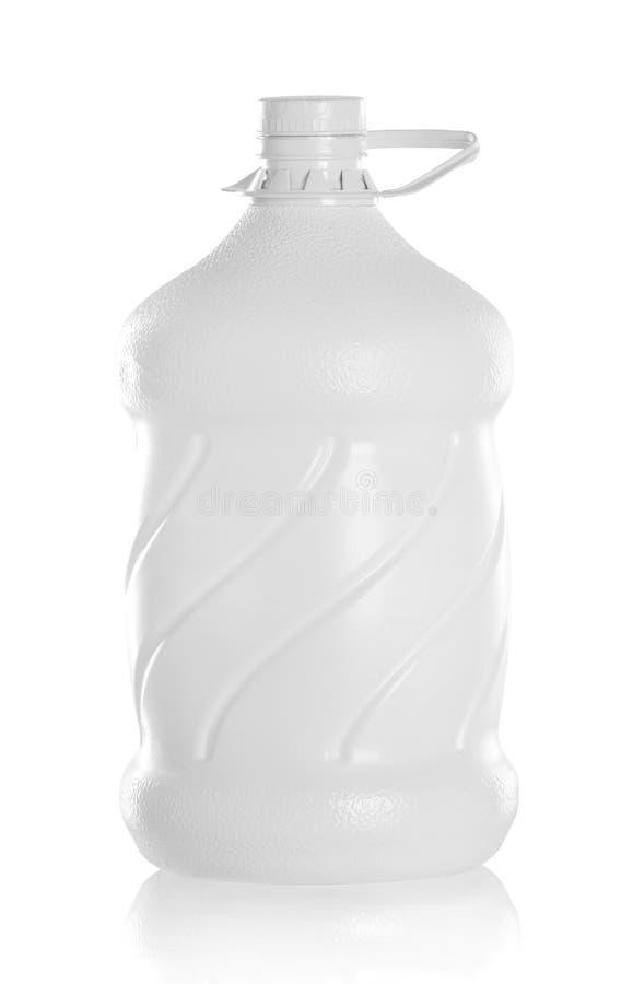 Grande bottiglia di imballaggio dell'acqua fotografie stock