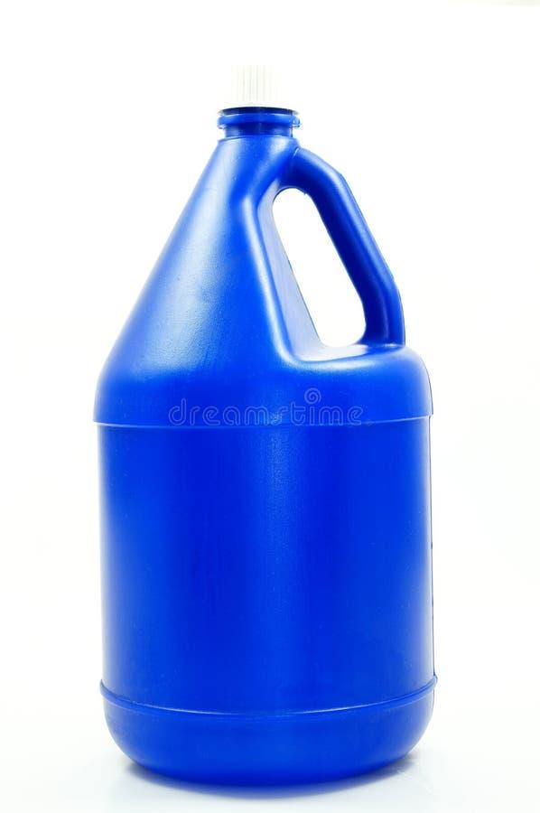 Grande bouteille de mémoire de l'eau bleue images libres de droits