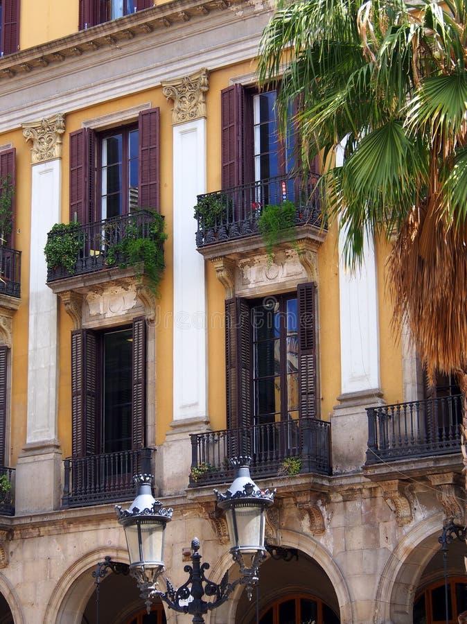 Grande casa urbana, Madrid, Spagna immagini stock