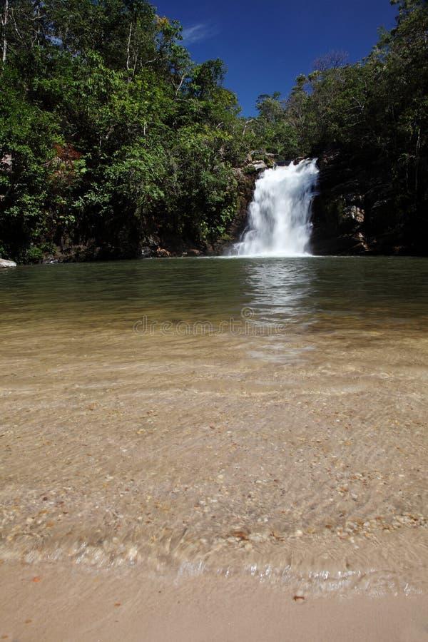 Grande cascada de Vargem cerca de Pirenopolis imagen de archivo libre de regalías