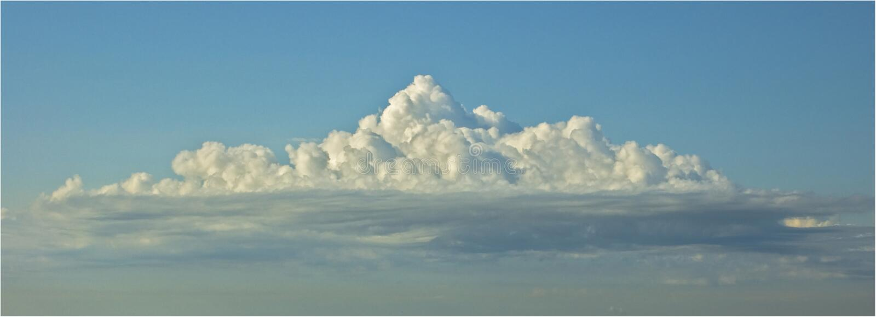 Grande cielo blu fotografia stock libera da diritti