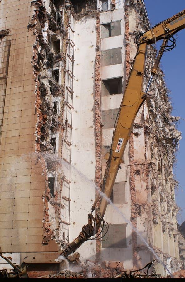 Grande città Costruzione Macchinario di costruzione rovina demolisca la costruzione revisione fotografie stock