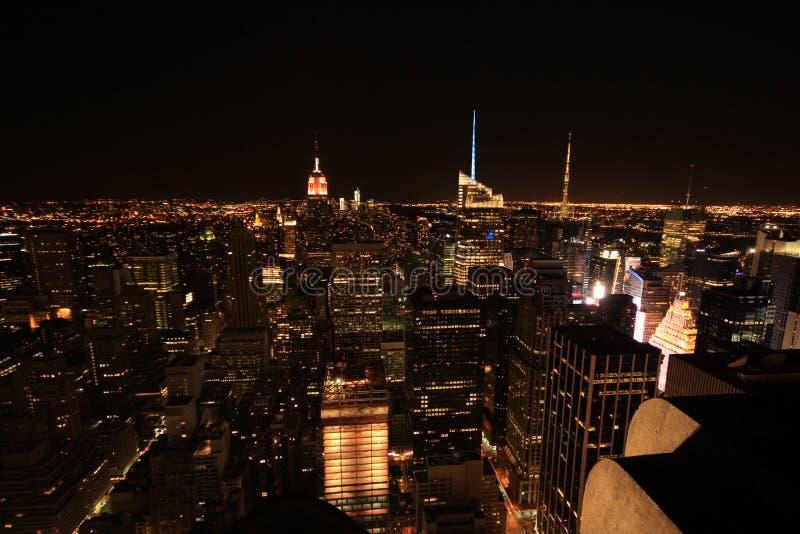 Grande città degli indicatori luminosi luminosi immagine stock libera da diritti