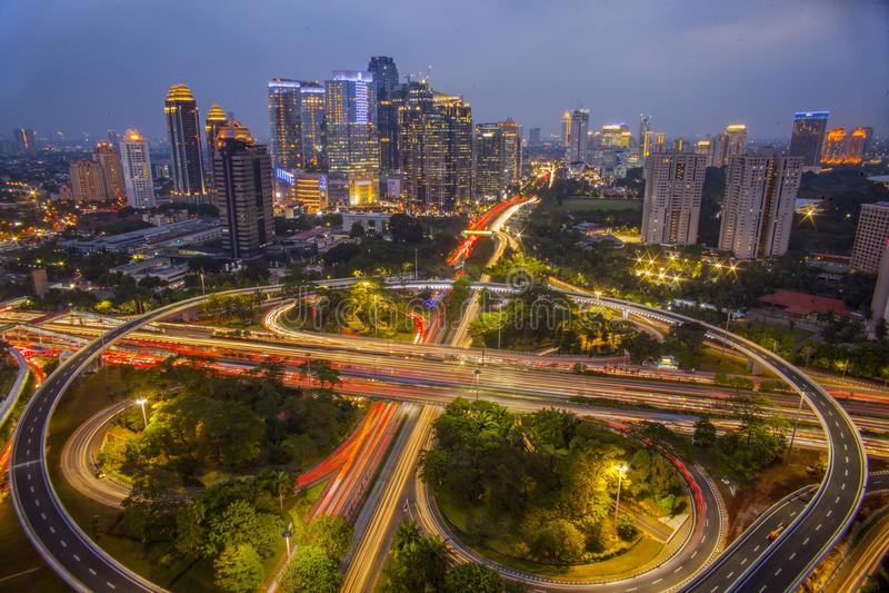 Grande città scintillante fotografie stock