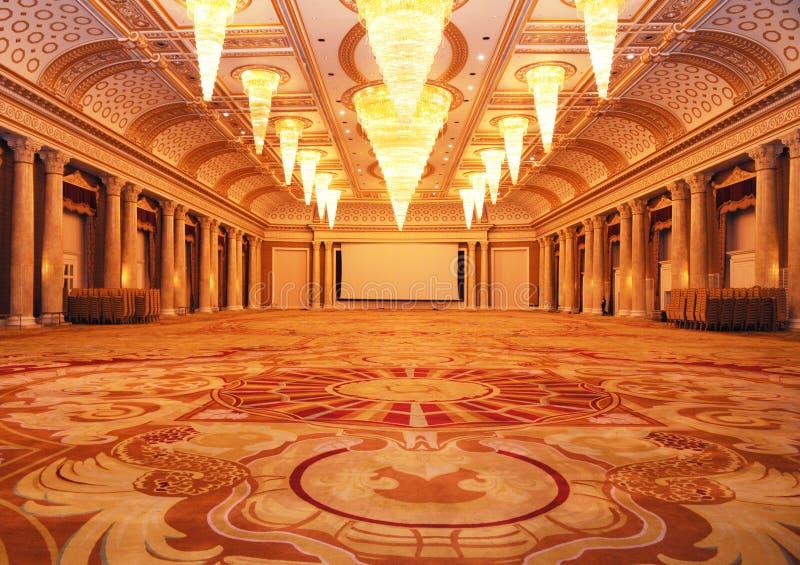 Grande corridoio lussuoso dell'hotel immagini stock libere da diritti