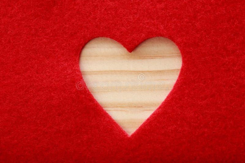 Grande cuore tagliato del feltro di rosso immagini stock