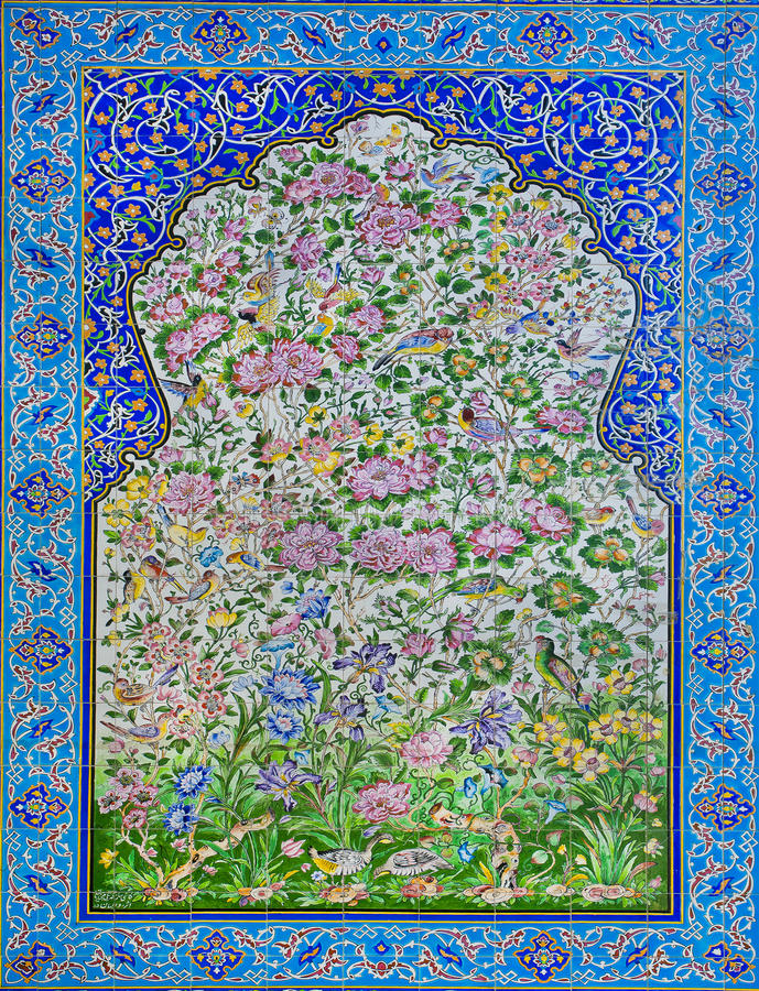Grande esempio di cultura islamica - mattonelle storiche con i modelli ed i fiori fotografia stock libera da diritti