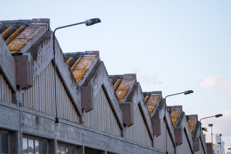 grande fabbrica abbandonata immagini stock