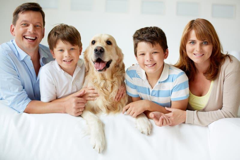 Grande famille image stock