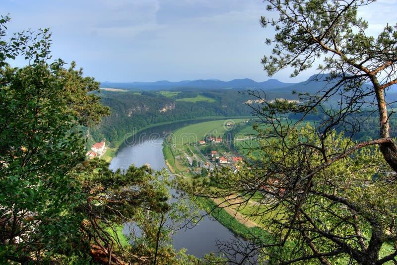 Grande fiume (Elbe) fotografie stock