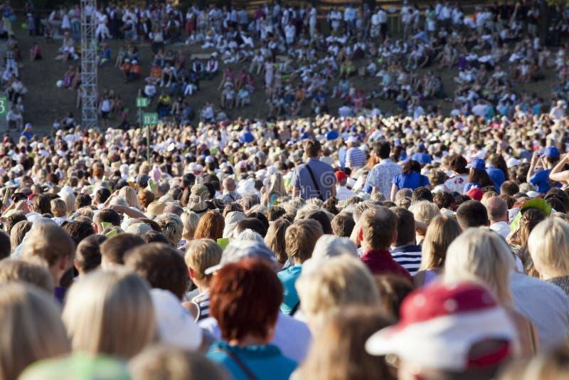 Grande foule des gens image libre de droits