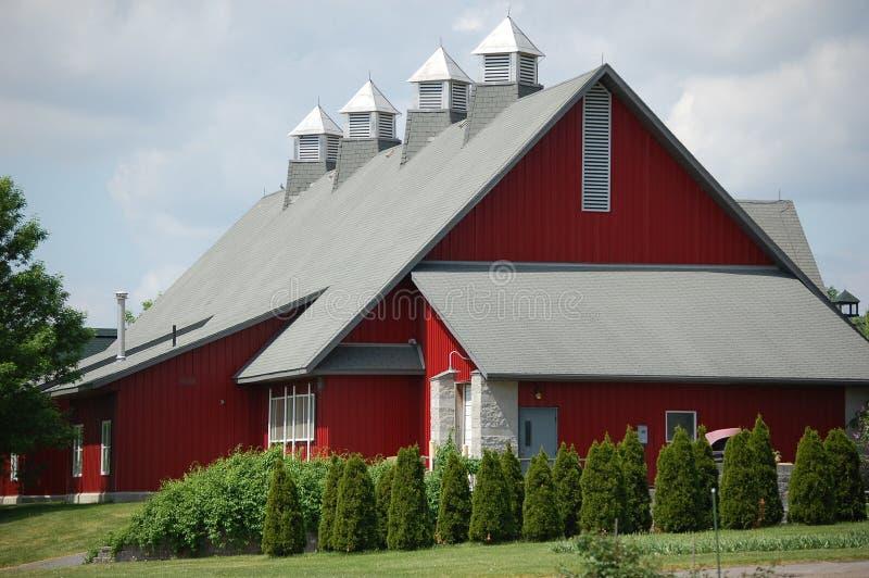 Grande grange rouge image libre de droits