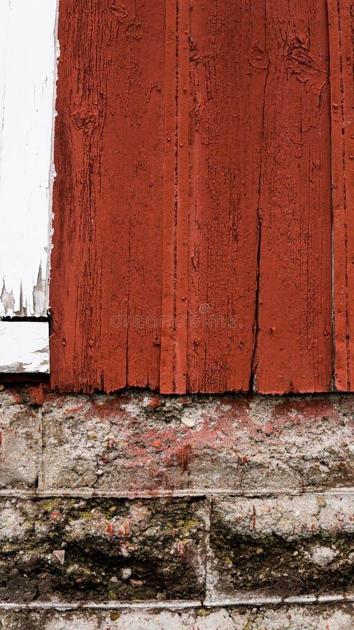Grande grange rouge photo stock