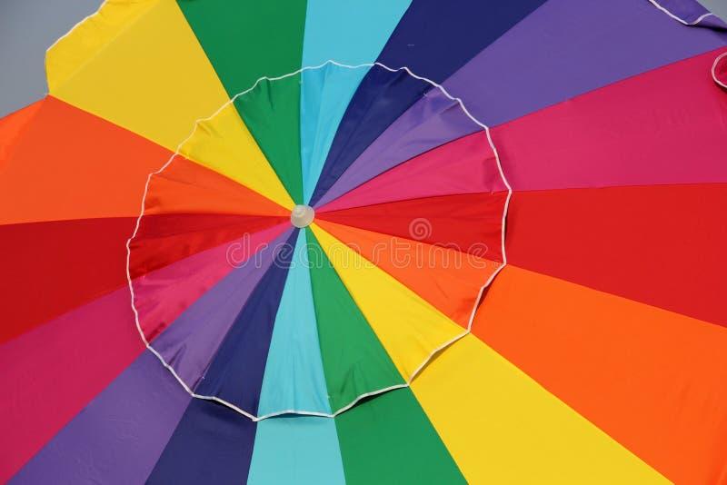 Grande guarda-chuva brilhante de Colorfl fotos de stock royalty free