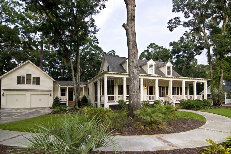 Grande HOME luxuosa foto de stock royalty free