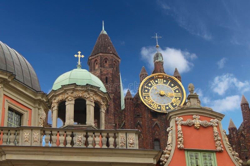 Grande horloge d'or dans la vieille ville Danzig, Pologne photographie stock libre de droits