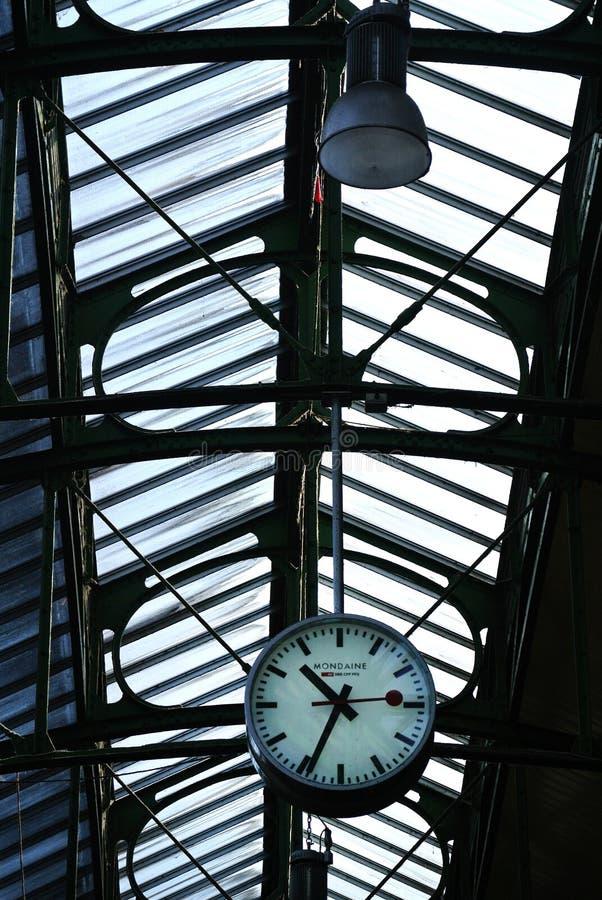 Grande horloge de mur image libre de droits