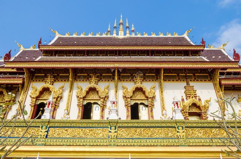 Grande igreja em Chiang Rai, Tailândia imagem de stock