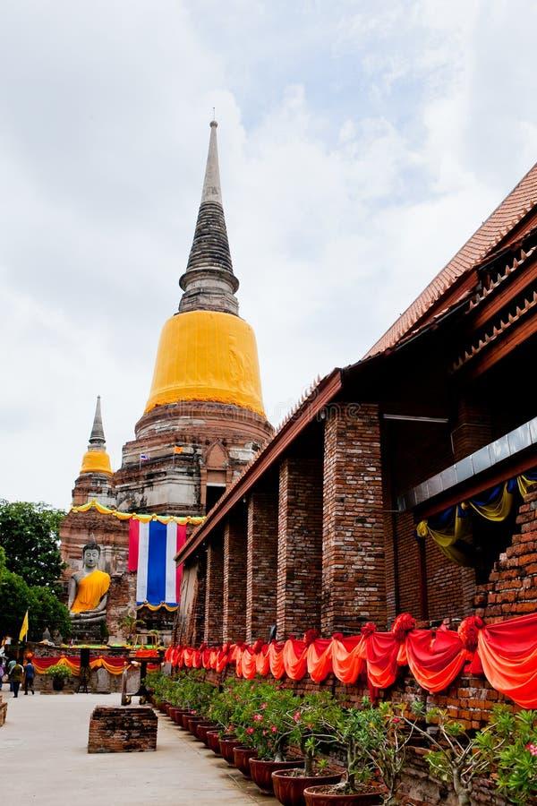 Grande image de Bouddha dans la ville antique d'ayutthaya photographie stock libre de droits