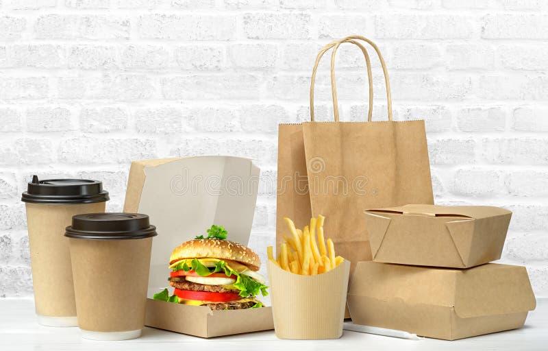 Grande insieme del pranzo degli alimenti a rapida preparazione fotografie stock libere da diritti
