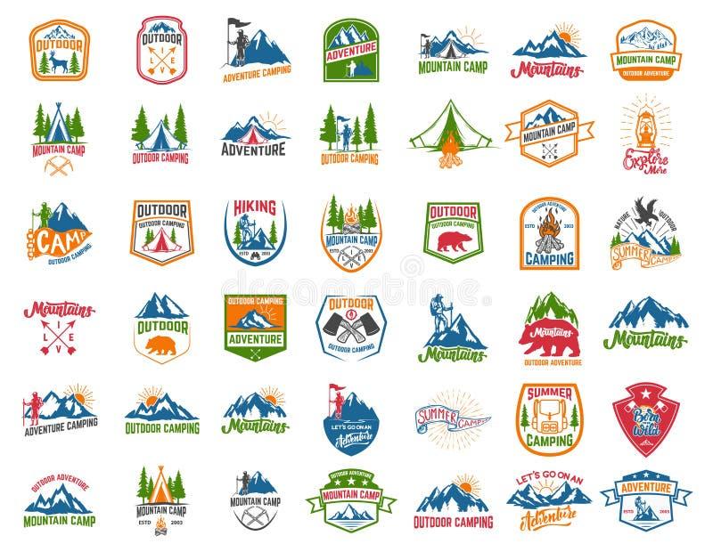 Grande insieme di campeggio, facente un'escursione, emblemi di turismo Progetti l'elemento per l'emblema, firmi, identifichi, man royalty illustrazione gratis