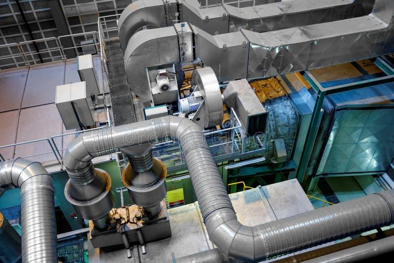 Grande interno industriale con il generatore di corrente fotografie stock libere da diritti