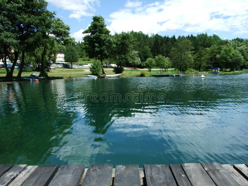 Grande lago na Bósnia foto de stock
