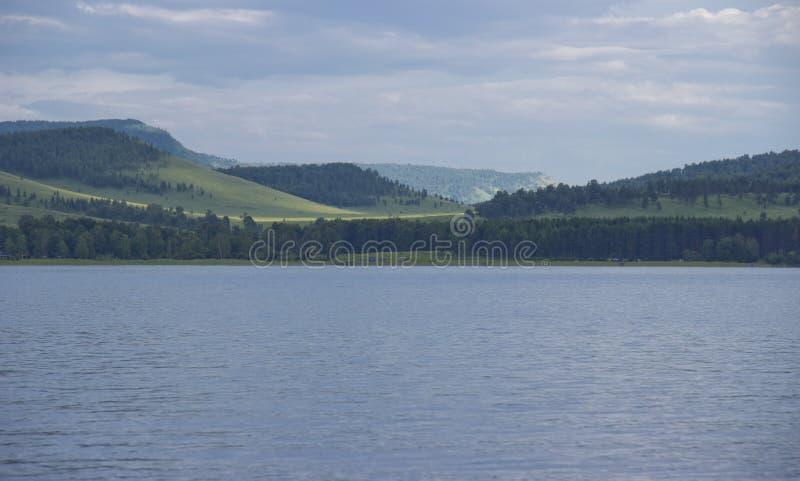 Grande lago in Siberia fotografia stock