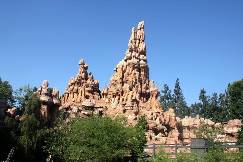 Grande montagne de tonnerre, Disneyland, Anaheim, la Californie images libres de droits