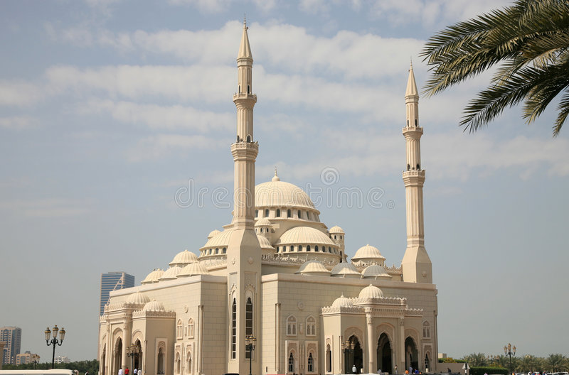 Grande moschea in Sharjah immagini stock